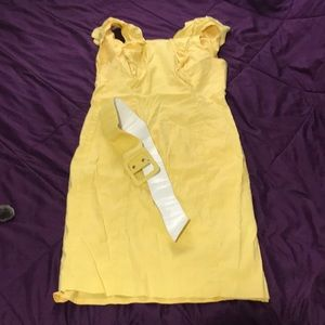 Adrianna Papell yellow dress w belt size 2